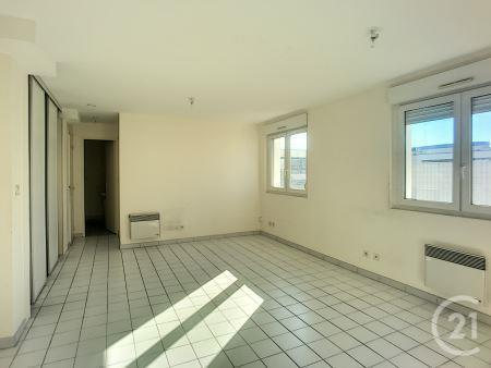 Appartement F2 à louer - 2 pièces - 44,0 m2 - TROYES - 10 - CHAMPAGNE-ARDENNE